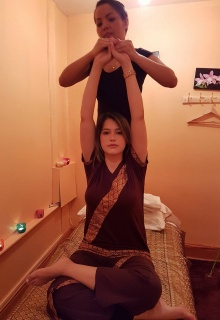 https://www.wanthathaimassage.ie/wp-content/uploads/2017/11/Thai-Yoga-Massage-220x320.jpg